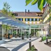 Hotel_Eingang ©C.Woeckinger